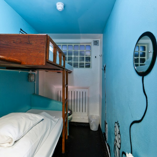 prison-cell-room-hostel