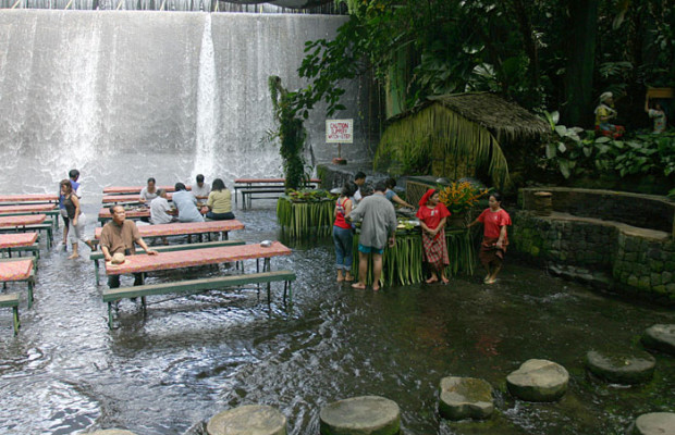 Waterfalls Restaurant Villa Escudero San Pablo City