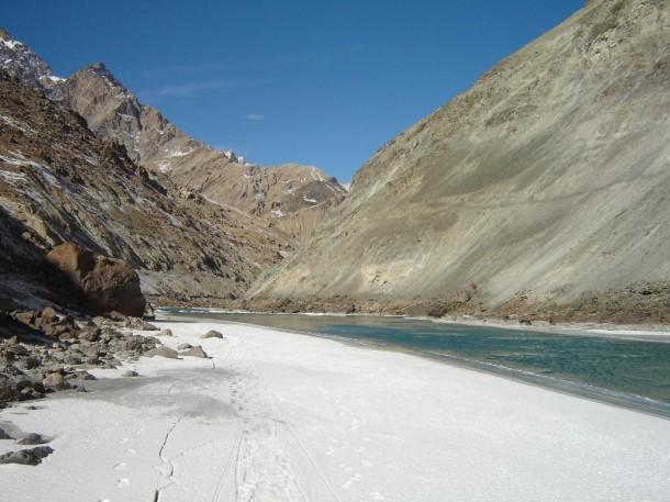 Half frozen river-chadar-trek