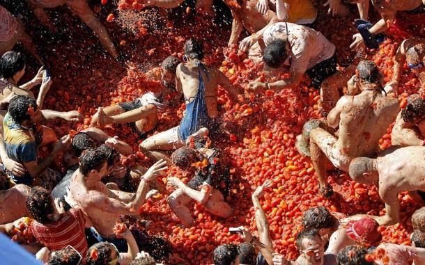 la-tomatina-festival-bunol-spain