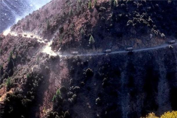 sichuan_tibet_road