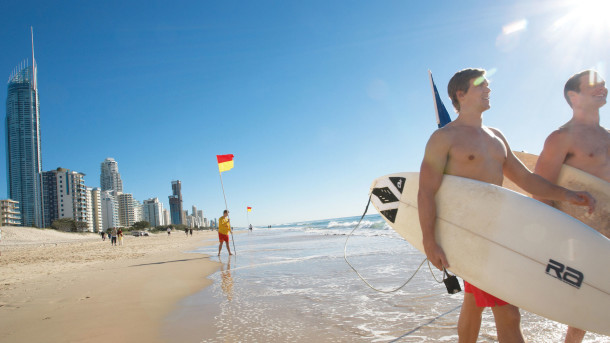 explore-cities-gold-coast-surfing