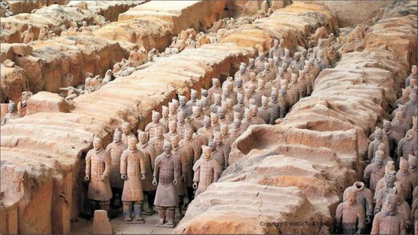 China_Xian_Terracotta_Warriors_at_Pit_One_94ed7edf131f4c08bb35224666550bf3
