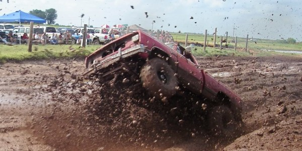 The Art of Muddin' – A Four Wheeler's Guide To Getting Dirty