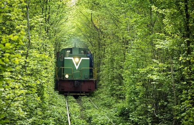 Kleven-Tunnel-Of-Love-4