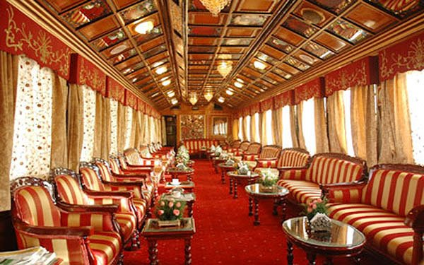 india-luxury-train
