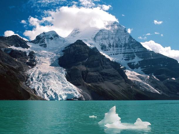 Canadian-Rockies-Mountain