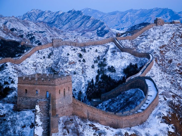 snow-great-wall-of-china_64511_990x742