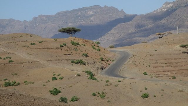 Visiting Ethiopia's Rock Churches, Lalibella - roads