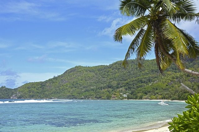 Things to do on praslin - anse lazio